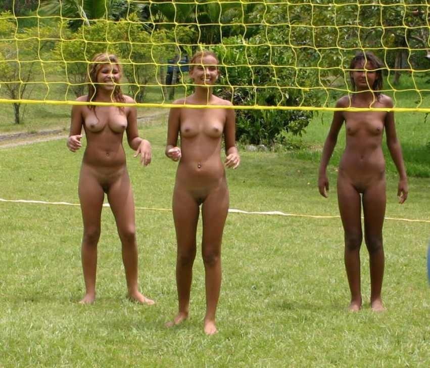naked girl in comik boob